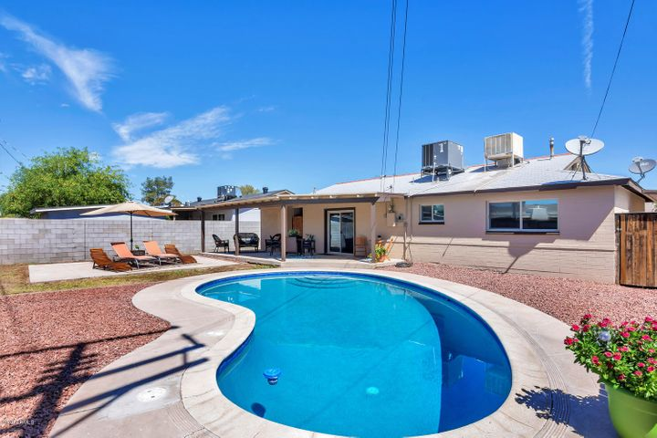 351 E BEATRYCE Street, Tempe, AZ 85281