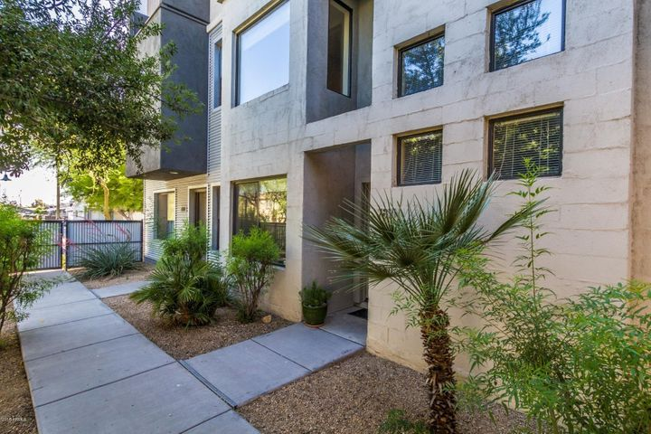7821 N 21st Avenue, Phoenix, AZ 85021