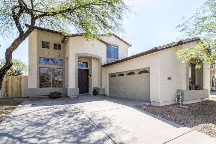 2607 N Raven, Mesa, AZ 85207