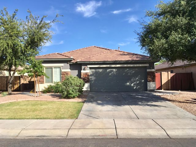 35685 N BELGIAN BLUE Court, San Tan Valley, AZ 85143