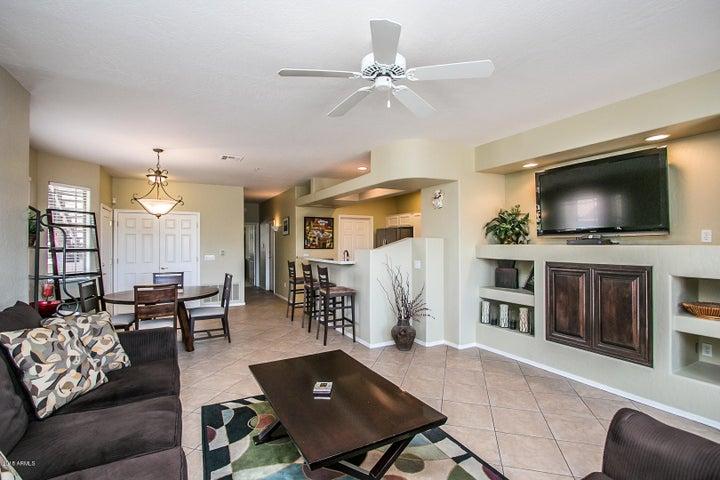 11500 E COCHISE Drive, 1090, Scottsdale, AZ 85259