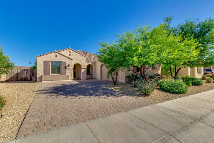 15619 W ROMA Avenue, Goodyear, AZ 85395