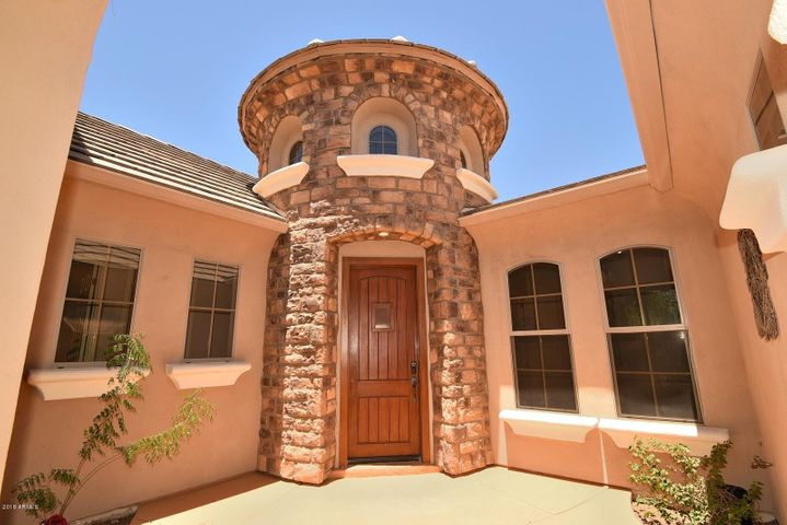 4226 E MAPLEWOOD Court, Gilbert, AZ 85297