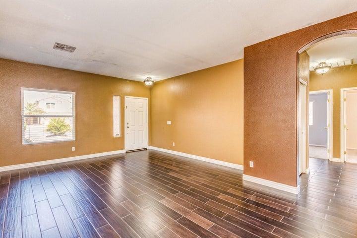 9 N 124TH Drive, Avondale, AZ 85323