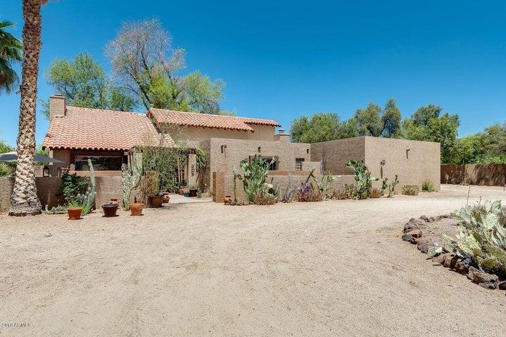 6850 E Cheney Drive, Paradise Valley, AZ 85253