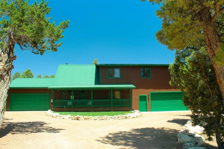 3124 HOPI Drive, Overgaard, AZ 85933