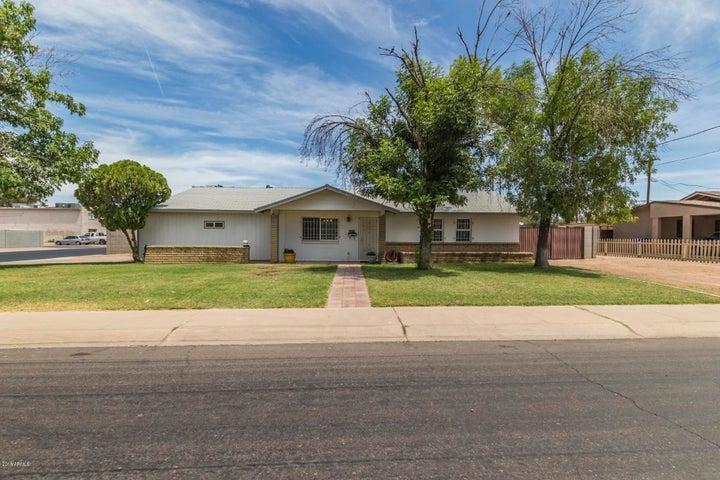 955 N JAY Street, Chandler, AZ 85225