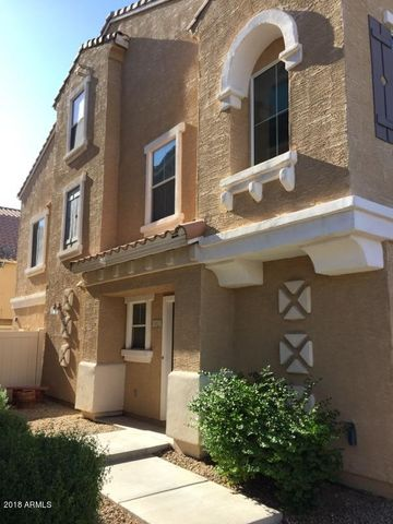 943 W ASPEN Way, Gilbert, AZ 85233