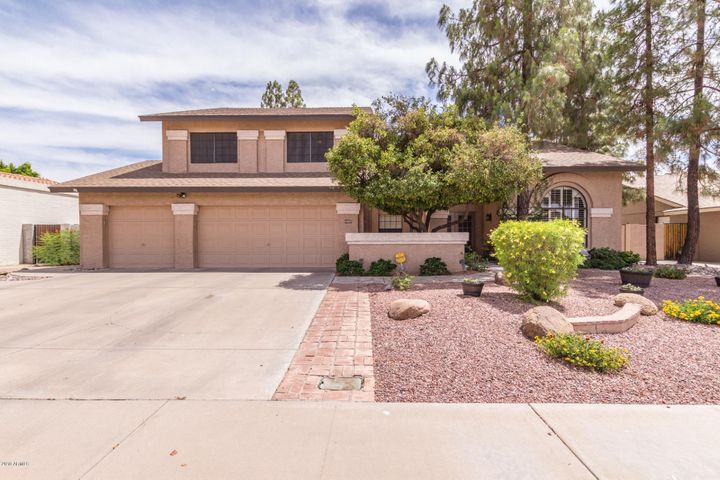 1927 E RANCH Road, Tempe, AZ 85284