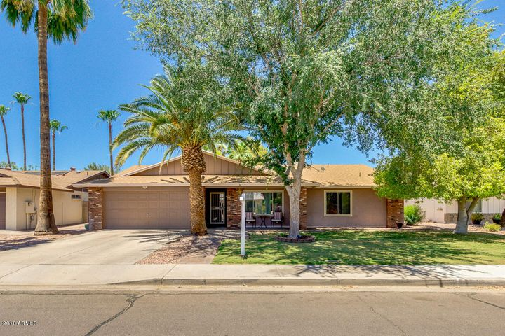 1352 E CHILTON Drive, Tempe, AZ 85283