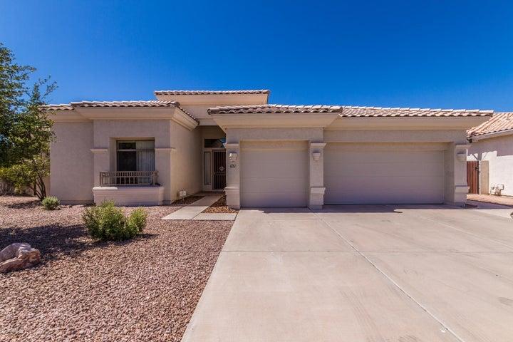 621 W DESERT Avenue, Gilbert, AZ 85233