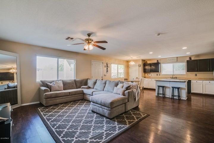 28880 N NUGGET Court, San Tan Valley, AZ 85143