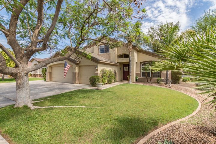 270 E CONSTITUTION Drive, Gilbert, AZ 85296