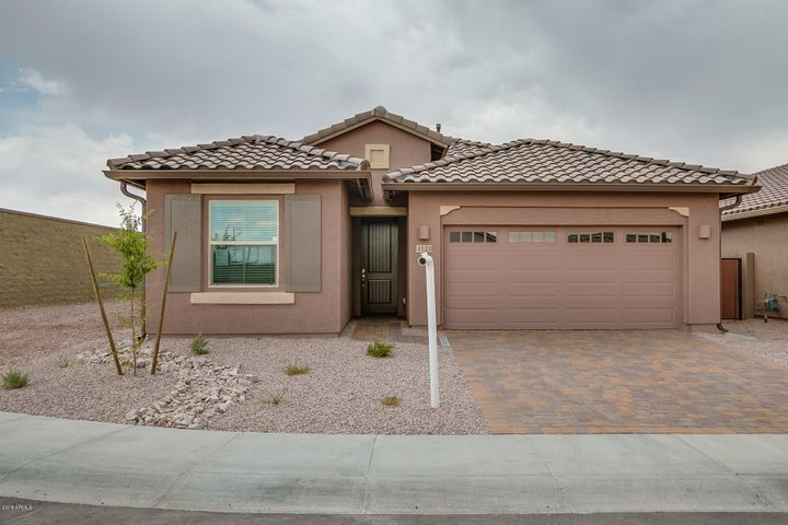 4121 W PALACE STATION Road, New River, AZ 85087