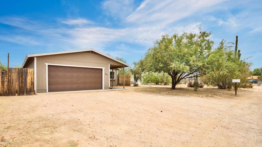 321 N DEWEY Street, Apache Junction, AZ 85120