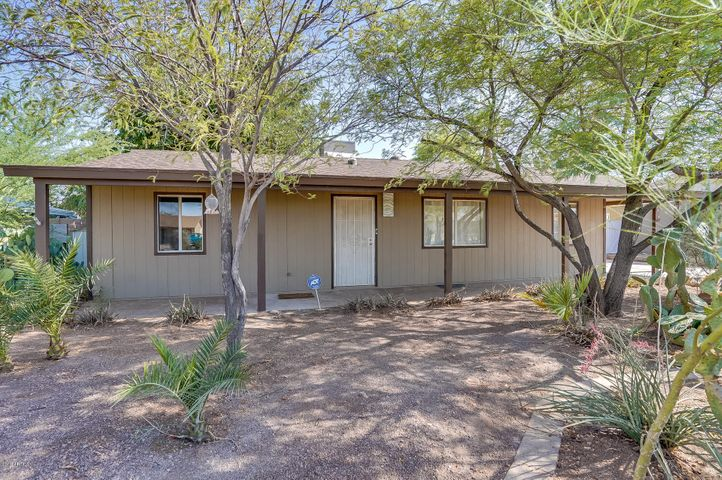 7019 E Oak Street, Scottsdale, AZ 85257