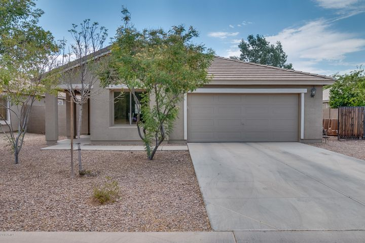 30568 N ZIRCON Drive, San Tan Valley, AZ 85143