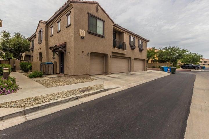 3123 E Darrow Street, Phoenix, AZ 85042