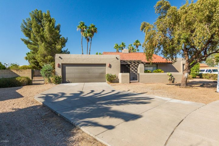4418 E CROCUS Drive, Phoenix, AZ 85032