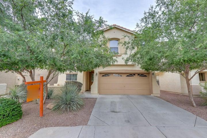 1248 E CLIFTON Avenue, Gilbert, AZ 85295