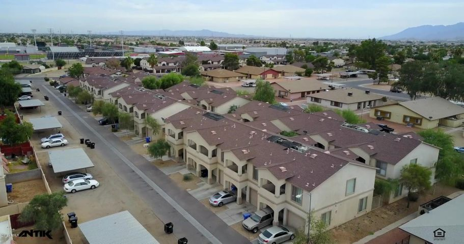 302 E LAWRENCE Boulevard, 112, Avondale, AZ 85323