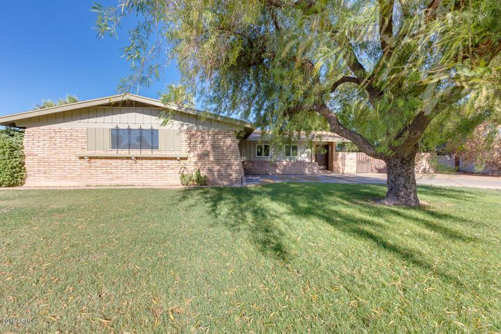 845 E FAIRWAY Drive, Litchfield Park, AZ 85340