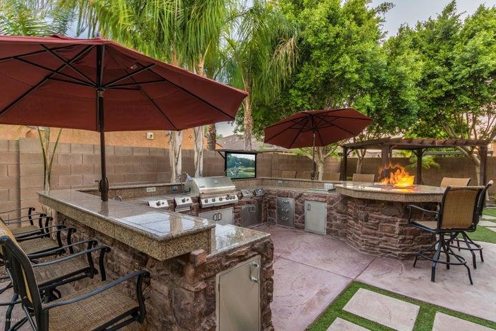 17337 W LINCOLN Street, Goodyear, AZ 85338