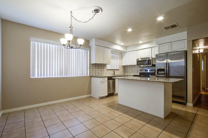 3308 W DAHLIA Drive, Phoenix, AZ 85029