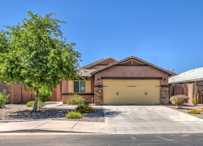 2086 E LINDRICK Drive, Gilbert, AZ 85298