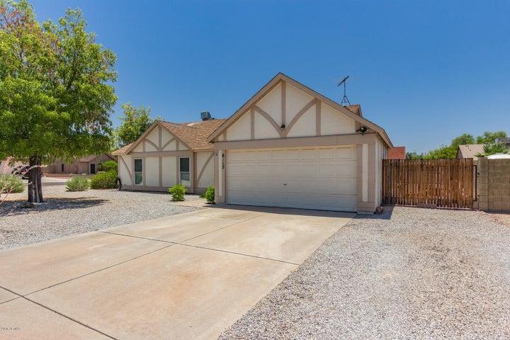 8315 W WINDROSE Drive, Peoria, AZ 85381