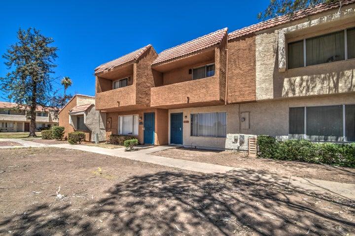 4750 W ROSE Lane, Glendale, AZ 85301
