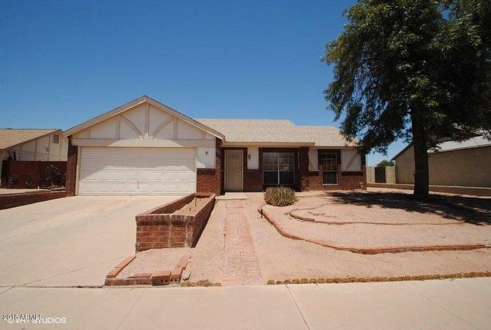 674 E MANOR Drive, Chandler, AZ 85225