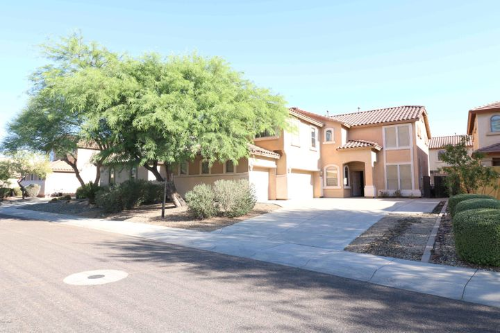 2414 W BENT TREE Drive, Phoenix, AZ 85085