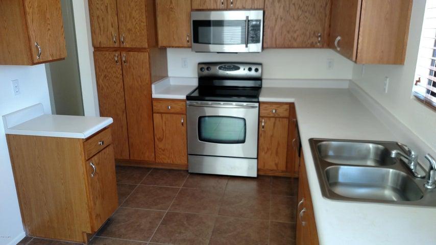 8518 W PIERSON Street, Phoenix, AZ 85037