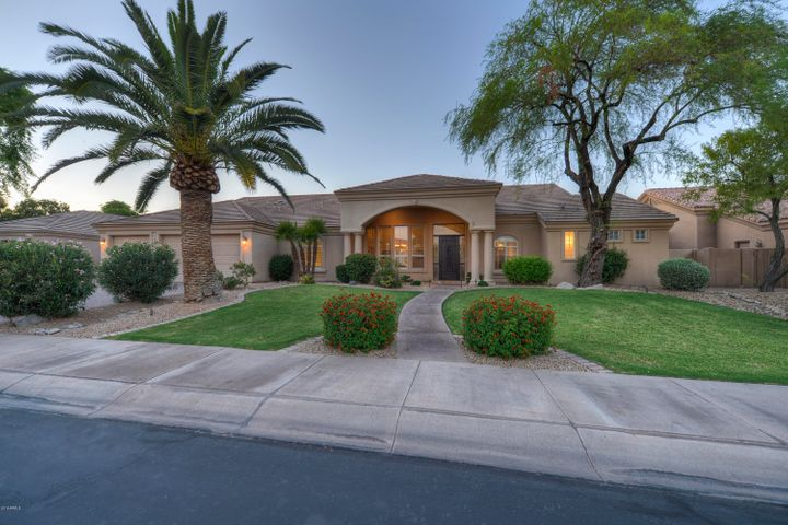 Exceptional family home in the heart of Scottsdale.