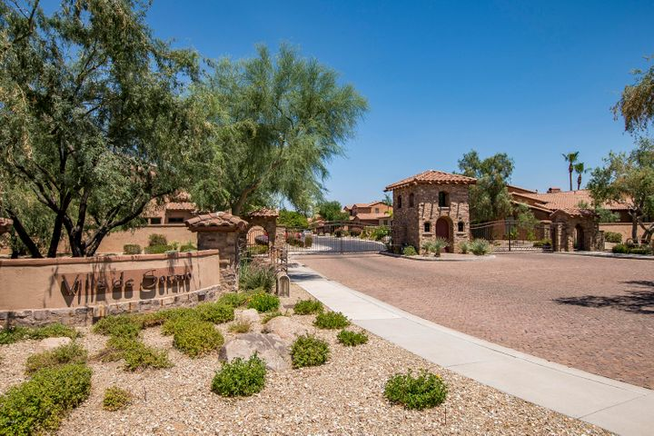 5629 E GROVERS Avenue, Scottsdale, AZ 85254