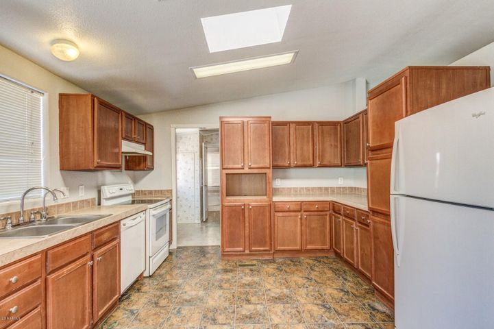 8601 N 103RD Avenue, 235, Peoria, AZ 85345