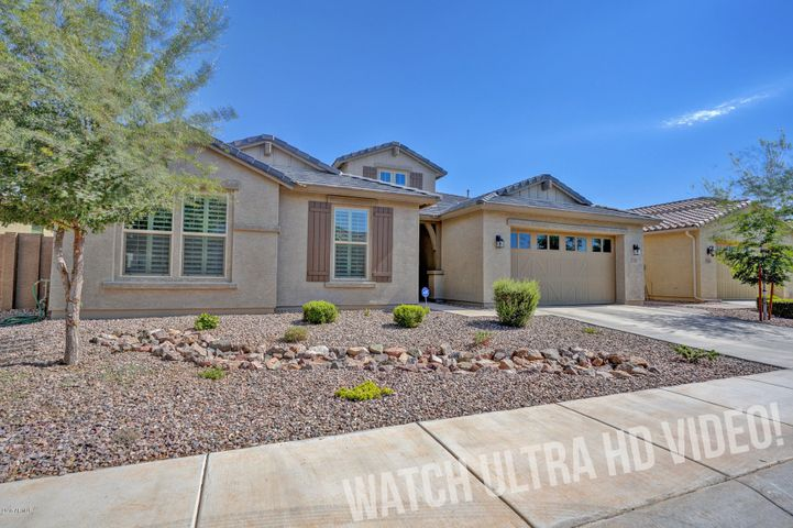 3650 E Blue Spruce Lane, Gilbert, AZ 85298