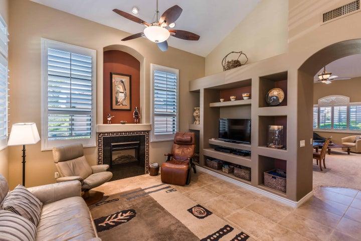 16820 E LA MONTANA Drive, 112, Fountain Hills, AZ 85268