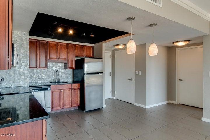 4750 N CENTRAL Avenue, 9R, Phoenix, AZ 85012