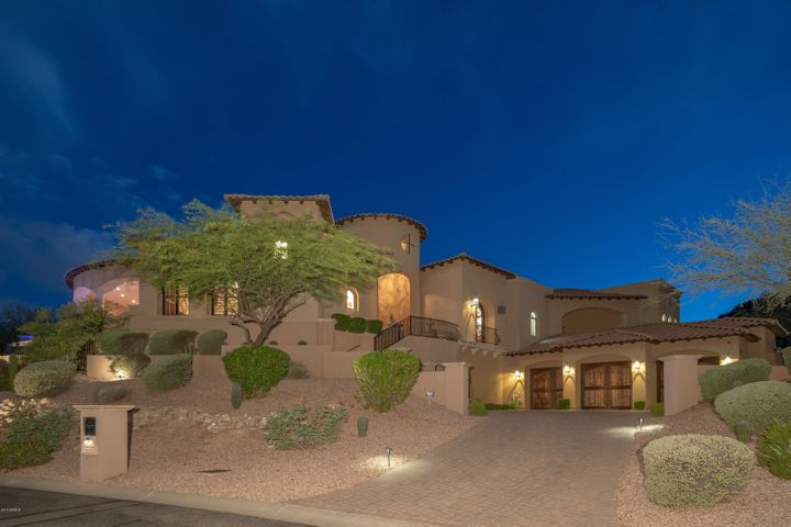 Stunning Home in Sunridge Canyon Estates
