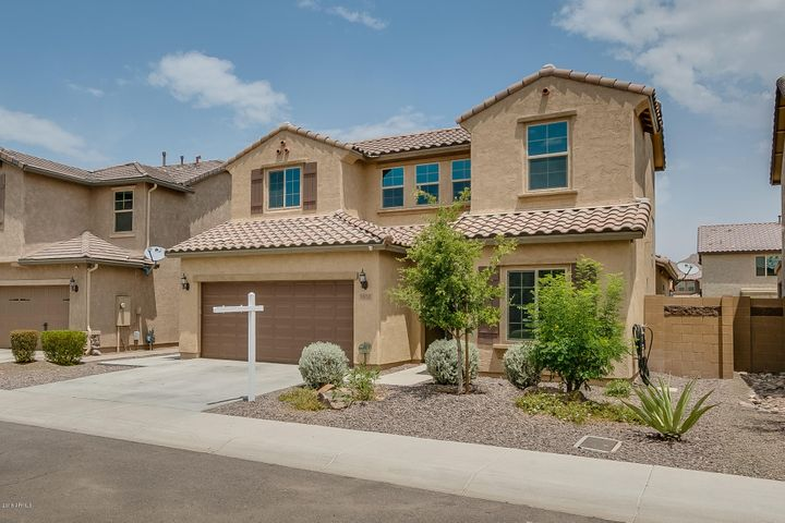 1828 W Desperado Way, Phoenix, AZ 85085