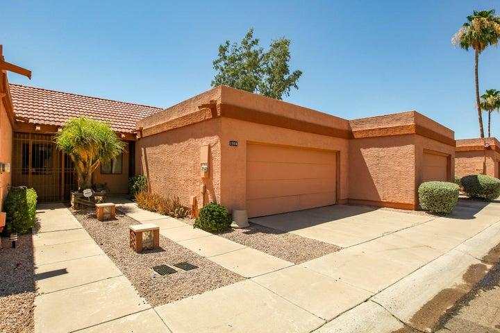 1506 N OAK Street, Tempe, AZ 85281