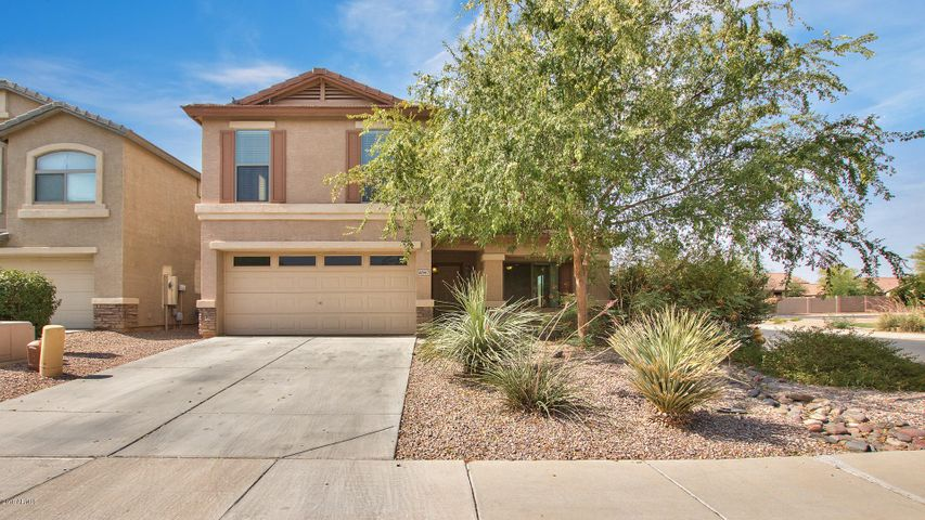 Over 2000 SF 4 bedrooms, 2.5 baths