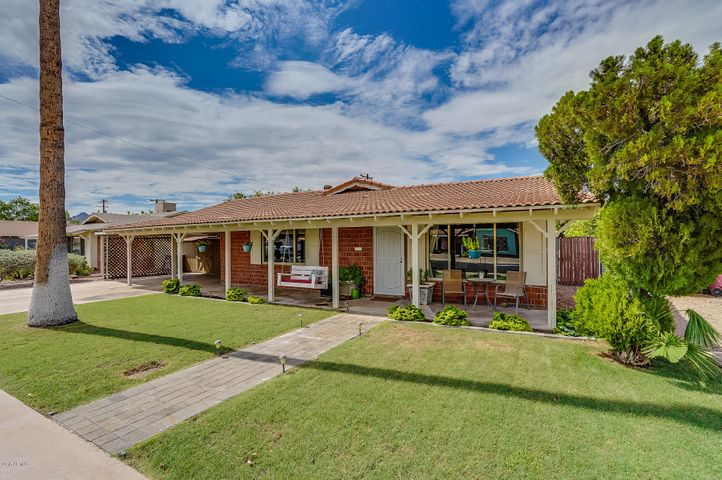 8222 E MONTEROSA Street, Scottsdale, AZ 85251