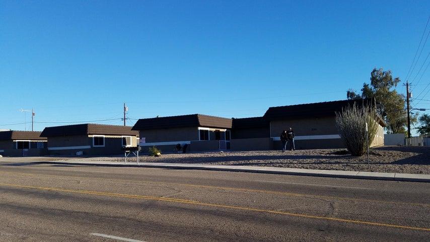 2700-2720 MCCULLOCH Boulevard N, Lake Havasu City, AZ 86403