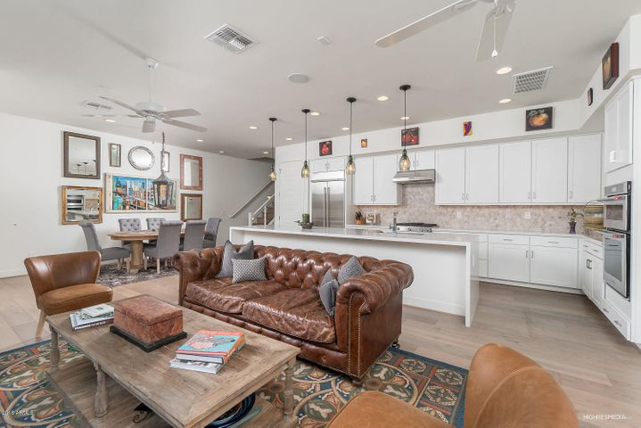 Desirable Light & Bright Greatroom layout, with awesome Chef's Kitchen w/12' island and beautiful hardwood floors throughout!