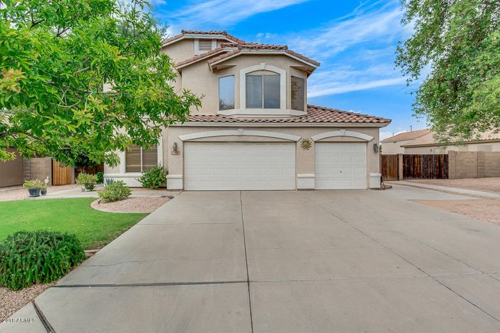 1390 E SHEFFIELD Avenue, Gilbert, AZ 85296