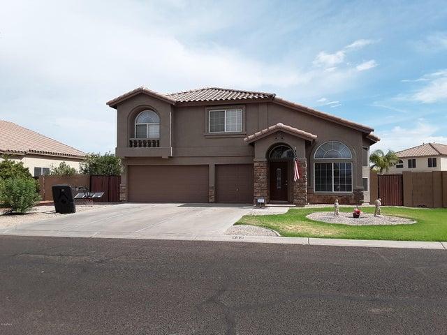 493 E STIRRUP Lane, San Tan Valley, AZ 85143