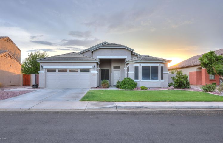 1064 N MARTINGALE Road, Gilbert, AZ 85234